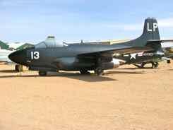 Douglas TF-10B/F3D-2 Skynight