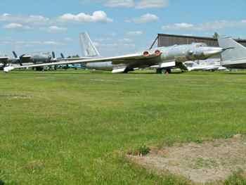Myasishchev 3M (Bison) Strategic Bomber aka M-4