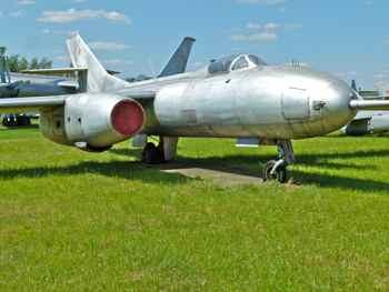 Yakovlev Yak-25RV (Mandrake) High-Altitude Reconnaissance