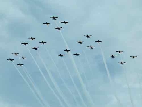 Formation Flight of T-6s