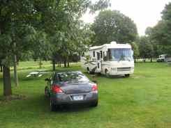Breaking camp in Marshalltown, Iowa