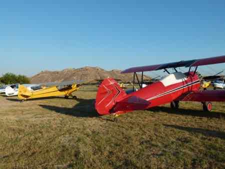 Piper J3 Cub and Stearman