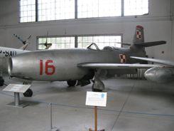 Yakolev Yak-23