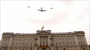 Battle of Britain Memorial Flight - Lancaster, Spitfire and Hurricane at the Royal Wedding