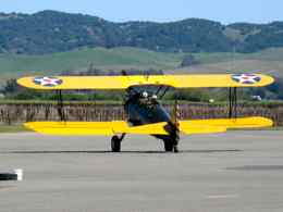 Stearman taxis through vineyards